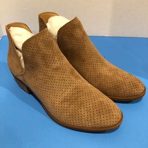 New Lucky Brand Perforated Suede Leather Boots